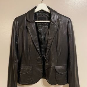 💯 Mossimo Boutique 100% Leather Jacket